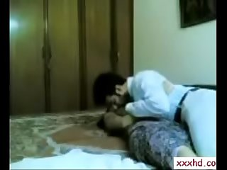 INDIAN COUPLE FUCKING AT HOME WITH CLEAR HINDI AUDIO 2015 NEW  XXXHD.CO