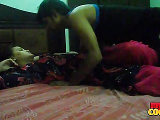 Desi young boy and girl hot Night sex