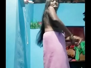Sexy mallu Bhabhi Strip her Cloths and Showing her Boobs and Pussy