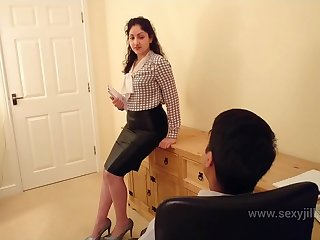 Desi bhabhi blackmailed and forced to have sex with her boss hindi audio bollywood amateur sextape POV Indian