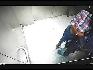 Indian teen tution girl kissing in lift